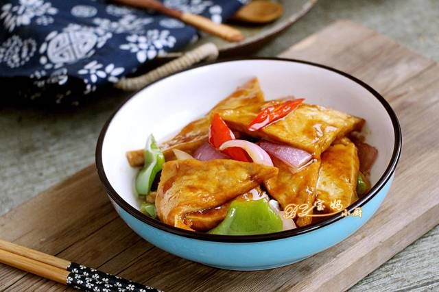 食材|夏天,豆腐这样做又香又开胃,几天不吃就倍馋,做法简单,女人要吃