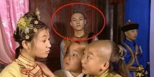 靳东 14岁就成电视剧主角,靳东给他当配角,你还能认出30岁的他吗?