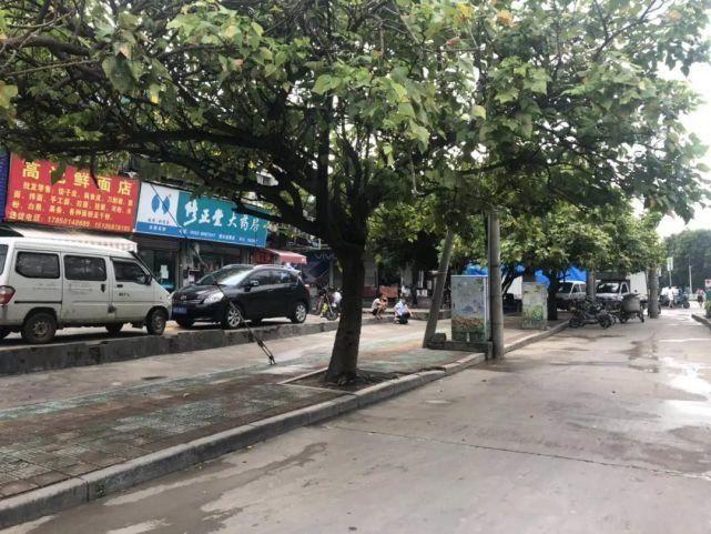 城管|集美城管出动!灌口、港头菜市场、霞梧步行街等处,违规摊点和广告牌被整治!